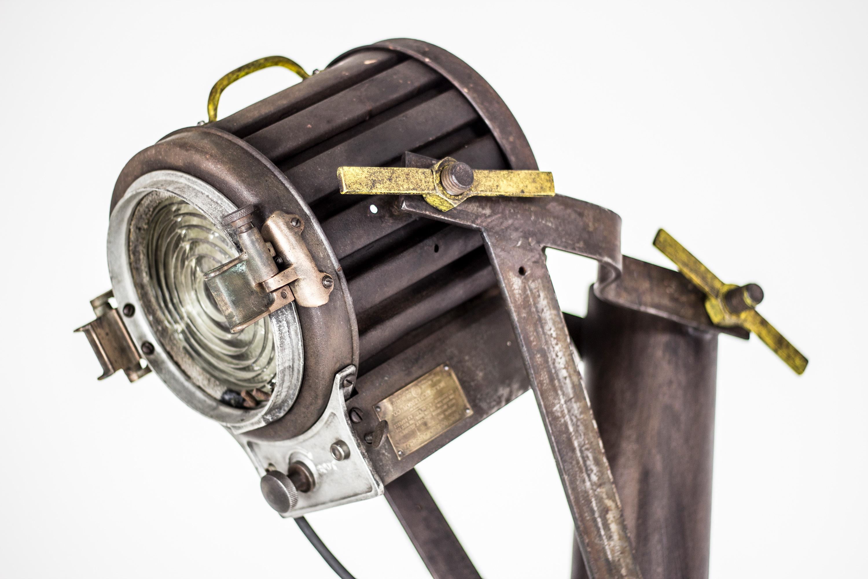 """Mole-Richardson + Motion Picture Lamp"" - Concrete base, Metal column - 24""x12""x80"" - © Flavio Bisciotti"