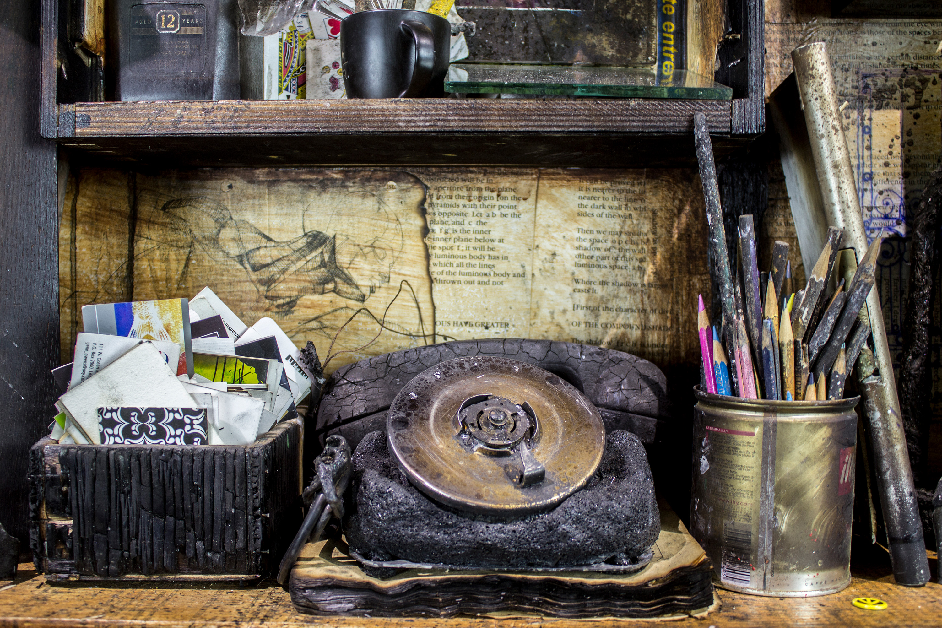 """""""Relax is only fire"""" - Wunderkammer - Wooden box made with the remains of the fire at Flavio's Studio - 64""""x32""""x11"""" - © Flavio Bisciotti"""